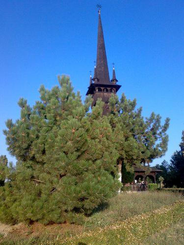 biserica-lac-Constanta.jpg