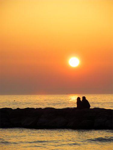 Couple-au-crepuscule--Le-Grau-du-Roi-.jpg