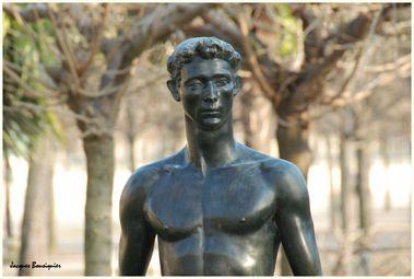 Apollon Paris jardin Tuileries 3
