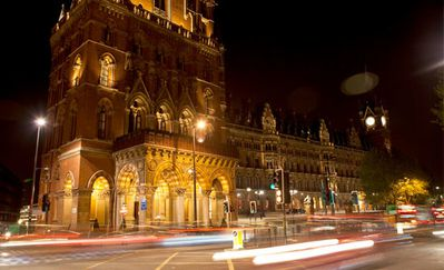 st-pancras-at-night.jpg