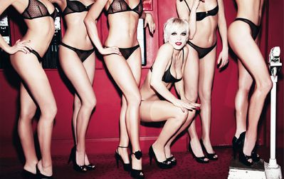 ali-mahdavithe-girls-of-crazy-horse-by-ellen-von-unwerth-fo
