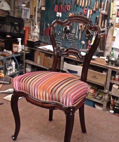 Chaise Louis Philippe velours.