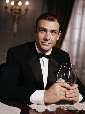 Sean-Connery-From-Russia-With-Love-Bond1.jpeg