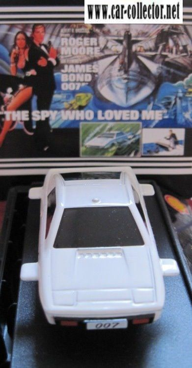 lotus esprit underwater roger moore 007 the spy who loved m