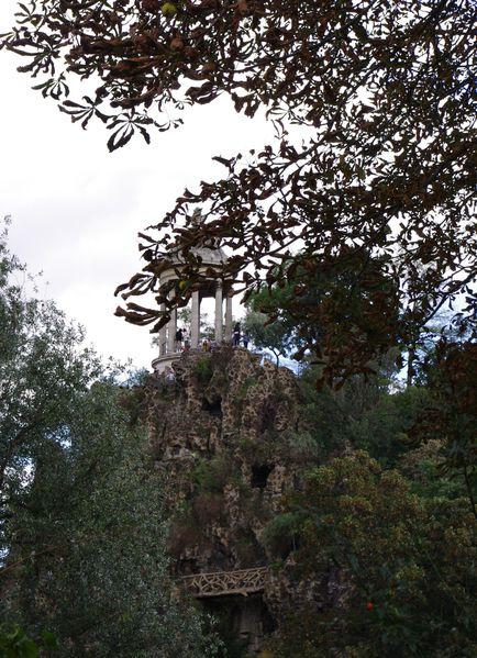 temple-du-parc-des-buttes-chaumont.jpg