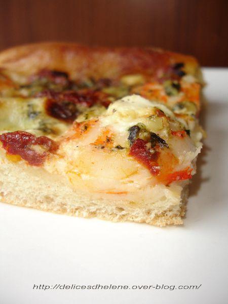 pizza crevettes et pesto (1)