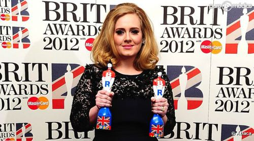 adele-brit-awards-2012