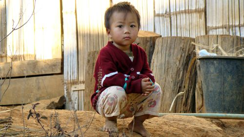 photo enfant-Laos vientiane.jpg