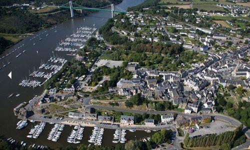 Port-de-la-Roche-Bernard.JPG
