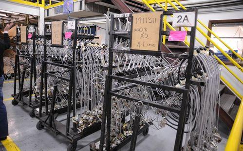 071120_Une_tournee_de_l_usine_de_Polaris_Industries.jpg