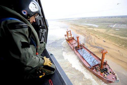 cargo-Bremen-echoue-Etel-2.JPG