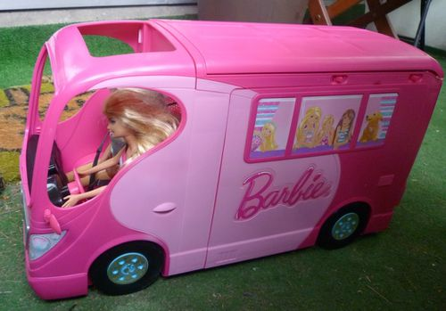 Camping-car_Barbie.JPG