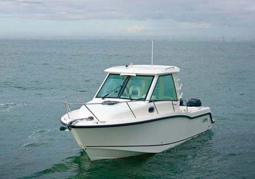 Boston Whaler 285 Conquest pilothouse 1-copie-1