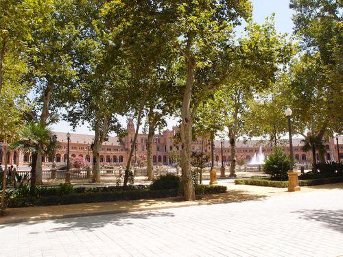 Plaza-de-espana-place-espagne-seville-4.JPG