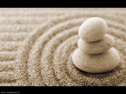 foto_sassi_rocce_03-pietre-zen-e-sabbia.jpg