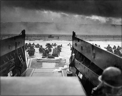 omaha_beach_june_6_1944.jpg