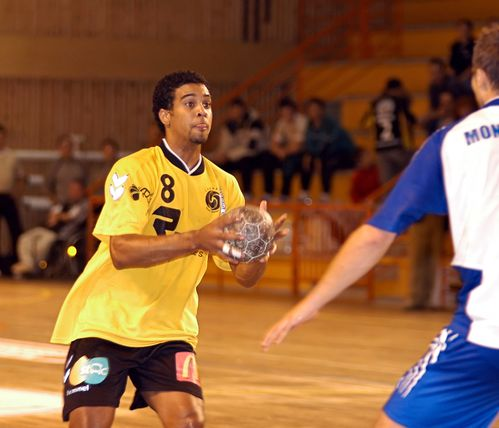 HAND-CHAMBERY-MONTPELLIER-photo-N--96--le-15-octobre-2005.jpg