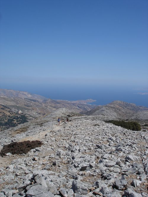 Ascension du Mont Zeus (1001 m) sur l'île de Naxos : un panorama splendide 27
