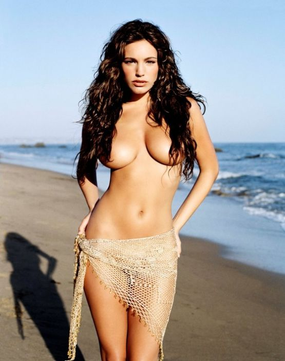 Kelly-Brook.jpeg