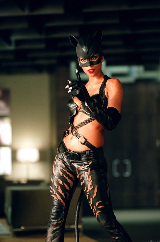 halle_berry_catwoman_hq_001.jpeg