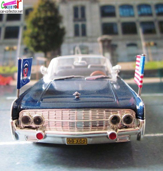 lincoln-continental-limousine-ss-100-x-john-fitzge-copie-3