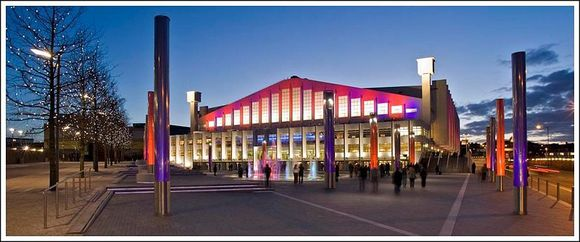 800px-Wembley Arena Evening 172XS Web