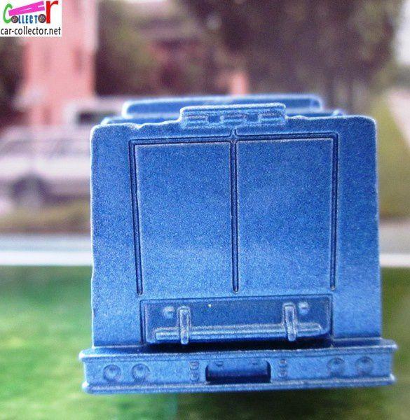 camion-aqua-king-matchbox-transport-bouteilles-eau