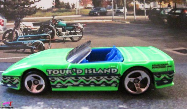custom-corvette-collector-696-1998-tropicool (3)