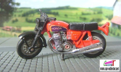 hondarora-matchbox--moto-honda-copie-1