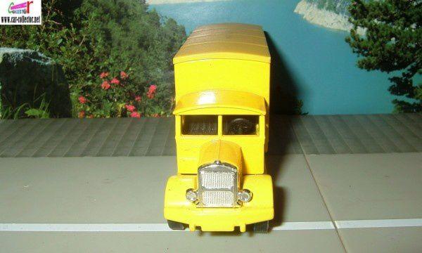 camion scammell cirage creme abeille corgi