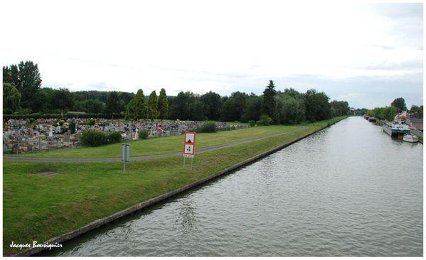 Longueil-Annel canal
