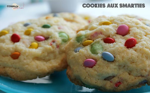st-space-cookies-smarties3MEL.jpg