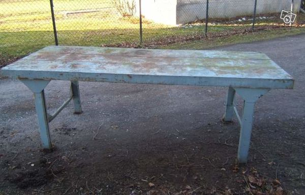 Table metal etabli avant restauration