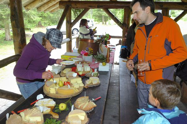 photo5-Gts-du-Terroir-2012-Couverts-Fromages-18-credit-mor.jpg
