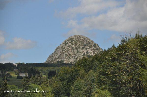 4-jour-jeudi-28-source-loire 0003 on approche du Mont