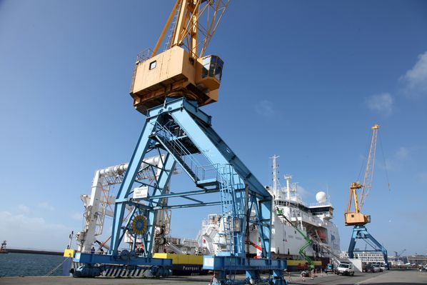 grue-port-commerce 3160c
