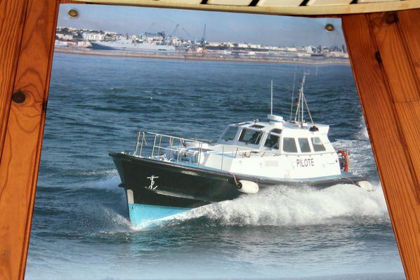 bateau-pilote-brest 3225c