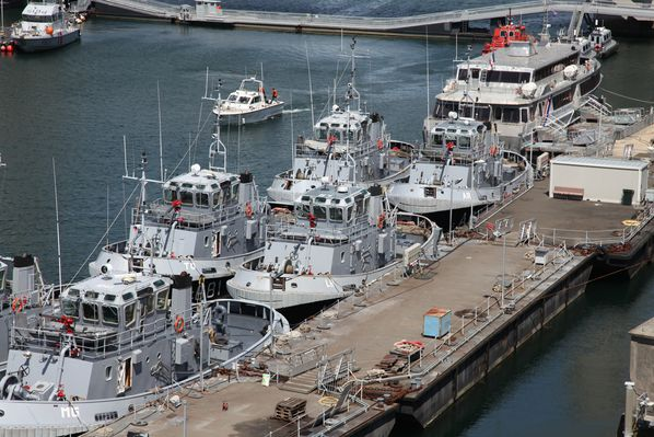 navire-militaire-penfeld 5480