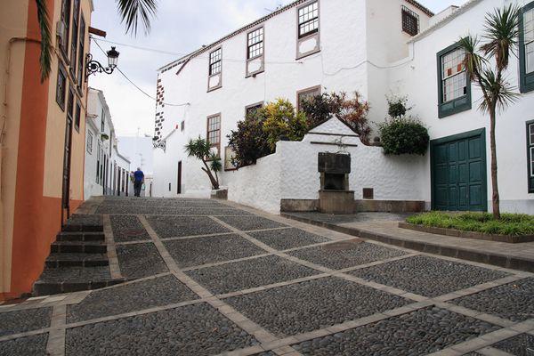 16 calle sacerdote juan vers plaza de san francisco