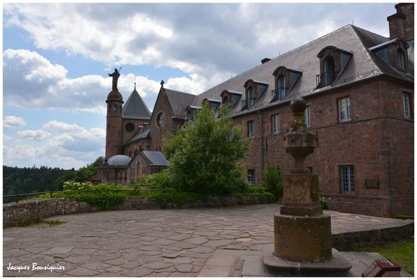 Mont Ste Odile Couvent Abbaye Hohenbourg 05