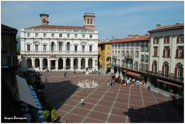 Bergame Piazza del Duomo