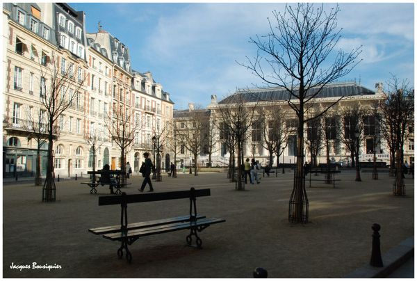 Paris Place Dauphine 3
