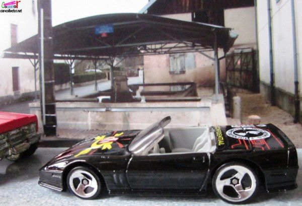 custom-corvette-collector-556-1997-spy-print (3)