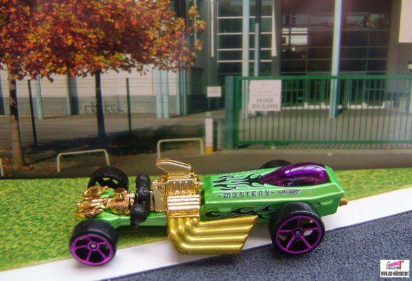 rigor motor mystery car 2010.221 (1)