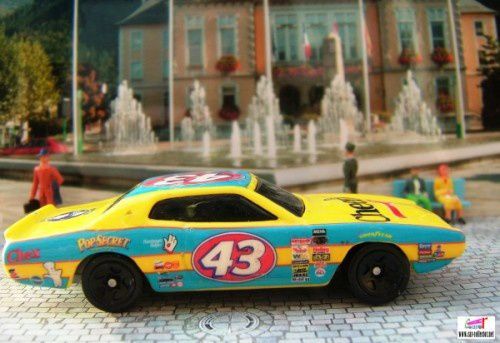 74-dodge-charger-promo-cereal-general-mills-2004 (6)