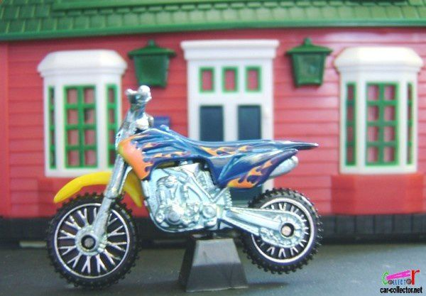 hw-450f-moto-de-cross-2008.052-hot-wheels-stars. (1)