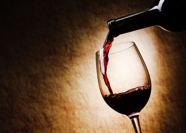 102442__wine-red-wine-glass-pour-a-bottle_p.jpg