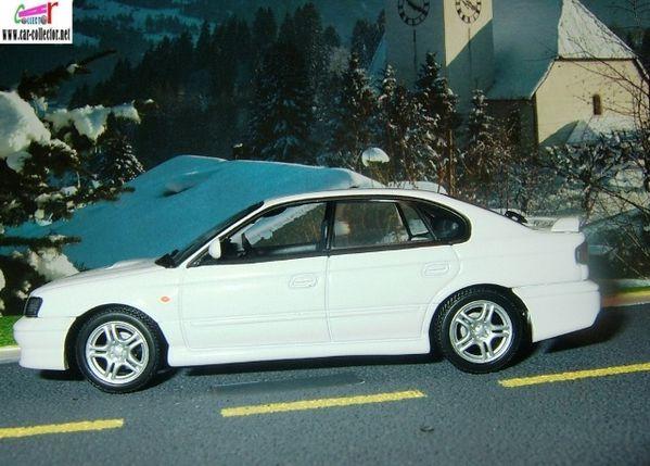 subaru legacy b4 1999 autoart (2)