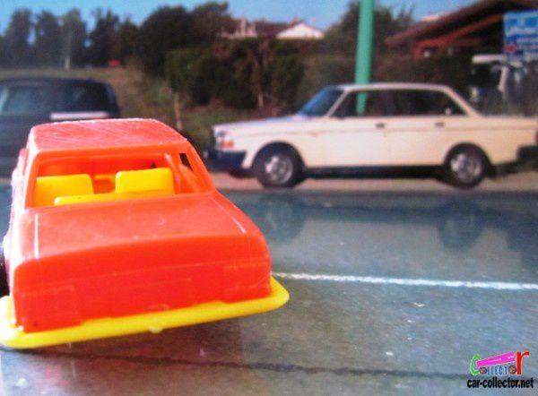 mercedes-250-cggc-italy-jouet-en-plastique