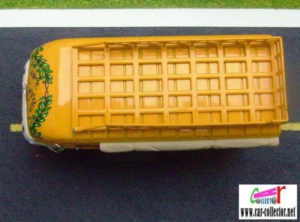 saviem sg2 goelette dakar transport en commun voyage vacances sadikh (2)